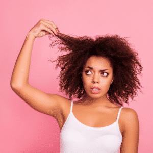 laver cheveux afros sans shampooing